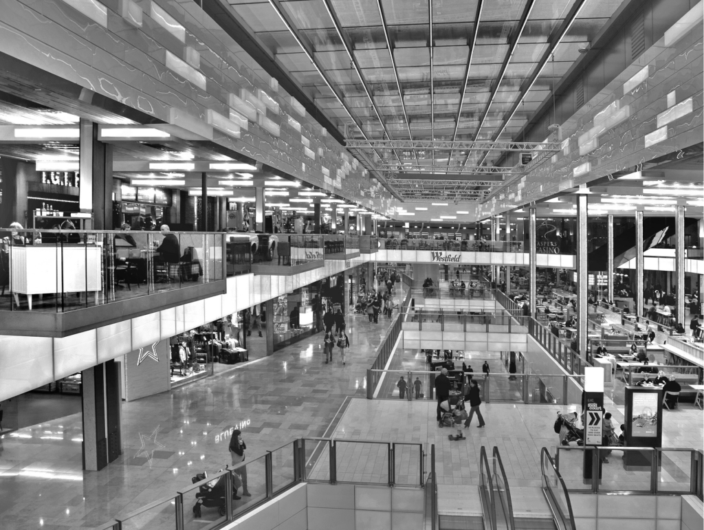 Algumas pistas para o centro comercial como mass media (parte I) | Entre | Vistas